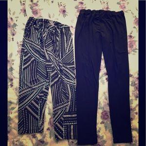 Two pairs of leggings sz L
